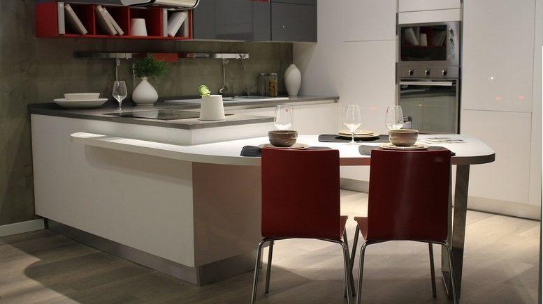Come arredare una cucina piccola: idee e soluzioni di stile ...