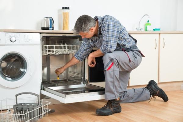 riparatore lavastoviglie