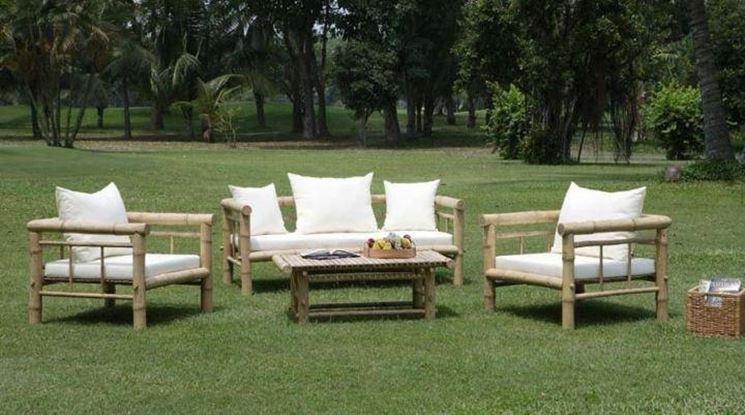 Mobili da giardino a prezzi outlet lartedinnovare for Salotti in ferro battuto per esterni