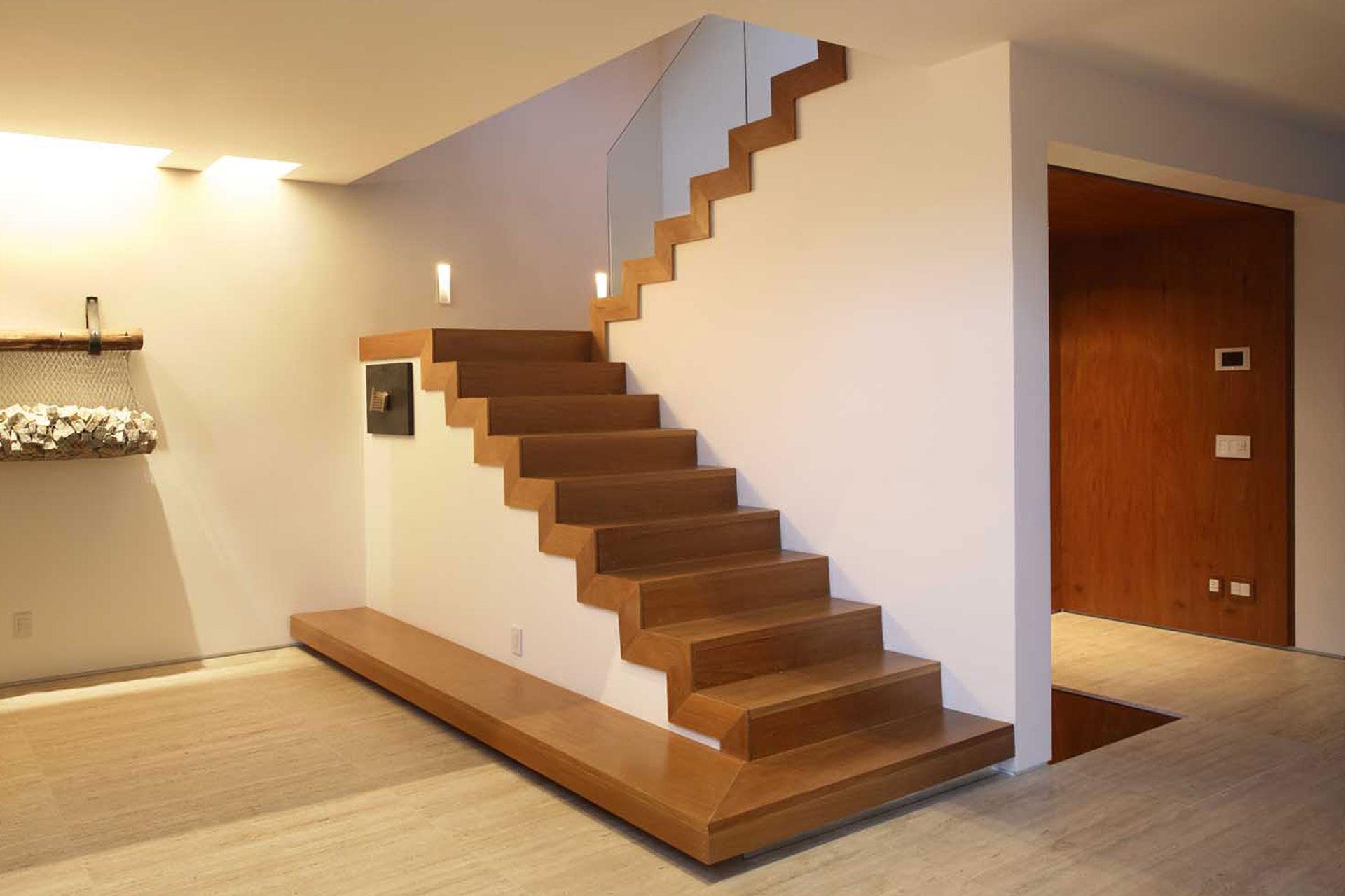 Alzata Massima Scala Interna scale a giorno: un mondo di forme e materiali - lartedinnovare